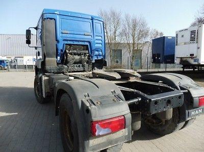 لدينا للبيع شاحنه مان18.430 موديل:
