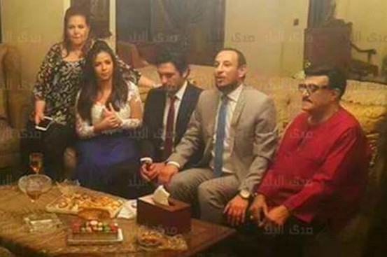 لحظة عقد قران إيمى سمير غانم وحسن الرداد