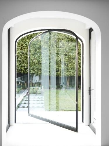 اجمل تصاميم الابواب الزجاجية